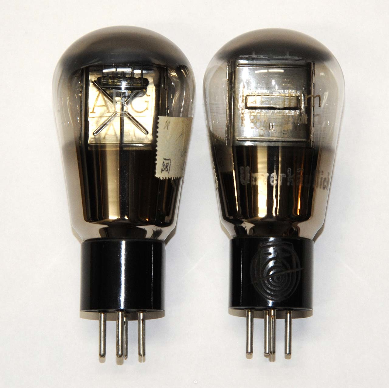 AEG K604 vacuum tubes (Klangfilm version of Telefunken RE604) used at the final stage of Zetton amps
